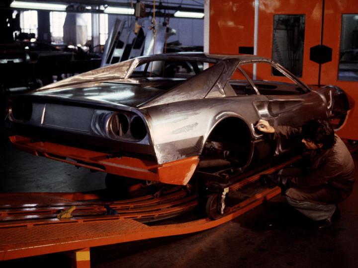 フェラーリの年間生産台数_a0129711_14194000.jpg