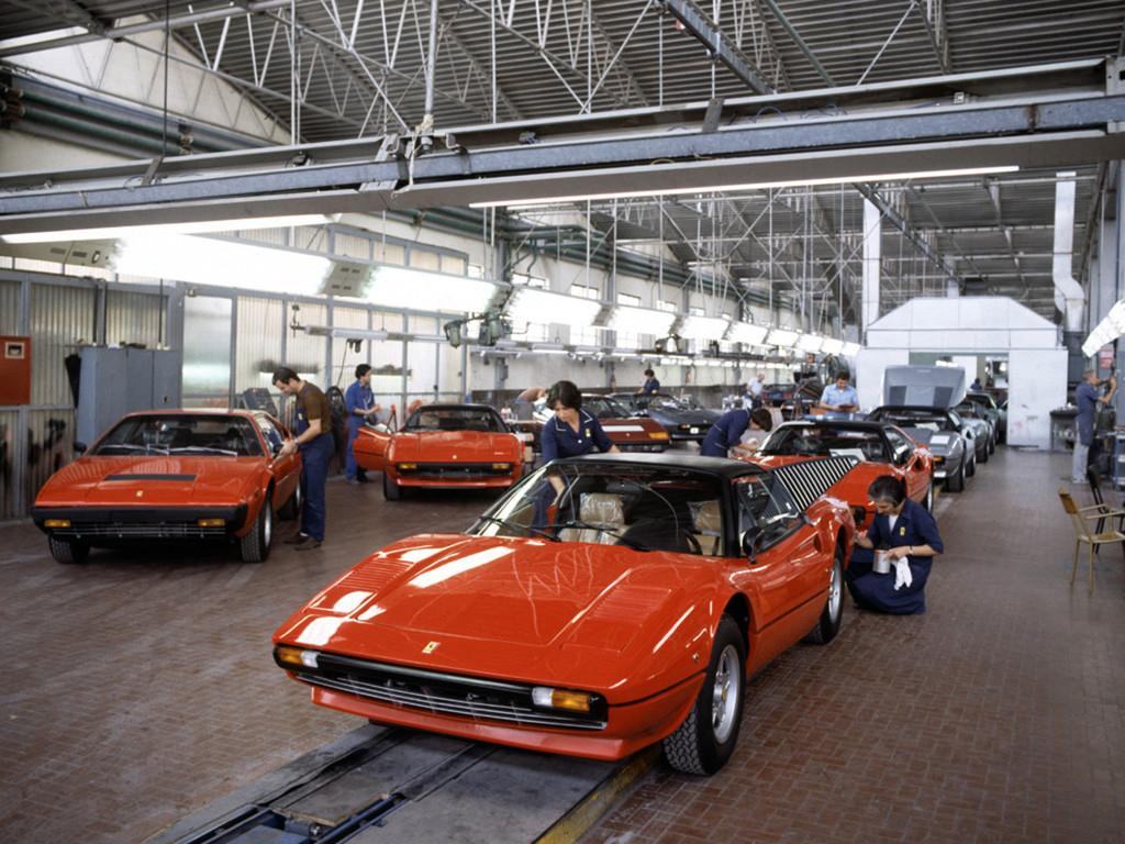 フェラーリの年間生産台数_a0129711_14201071.jpg