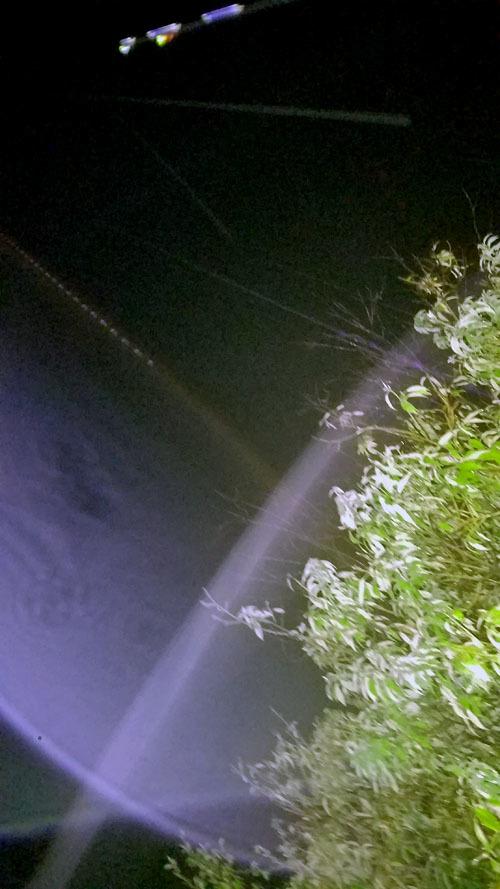 旧スマホが写すエネルギー体_c0331825_04482387.jpg