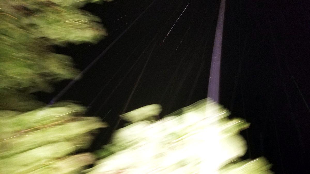 旧スマホが写すエネルギー体_c0331825_05094453.jpg