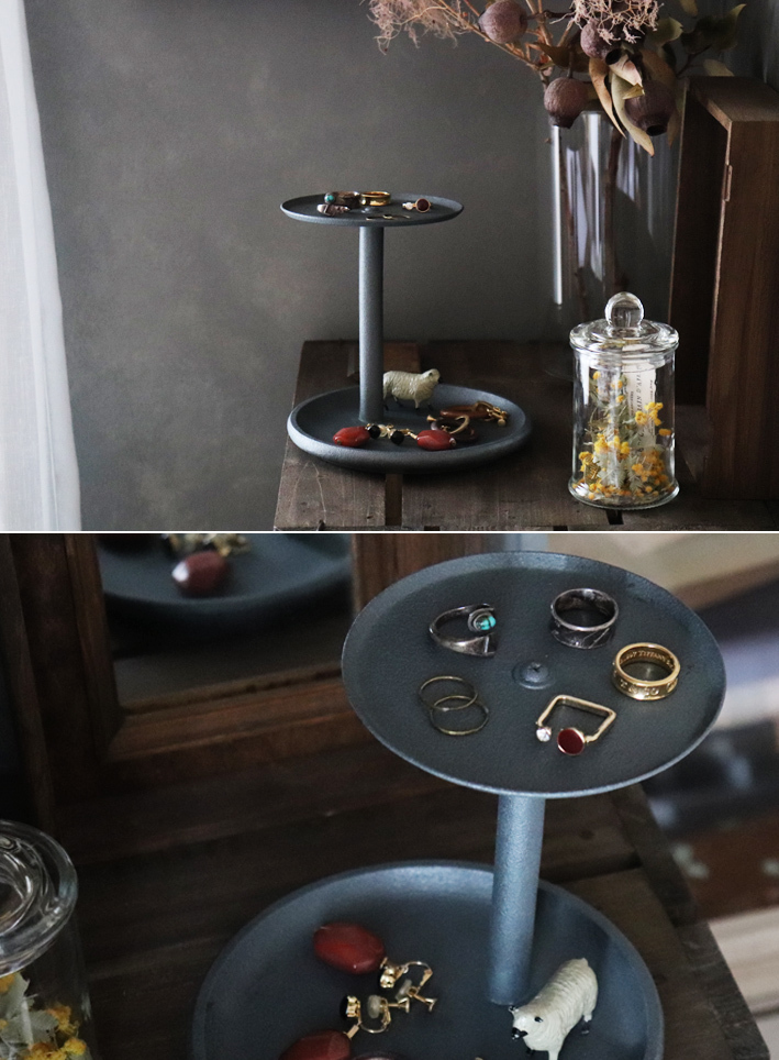 セリアのキッチングッズで簡単DIY☆ジュエリー収納「2段トレイ」_d0351435_07214886.jpg