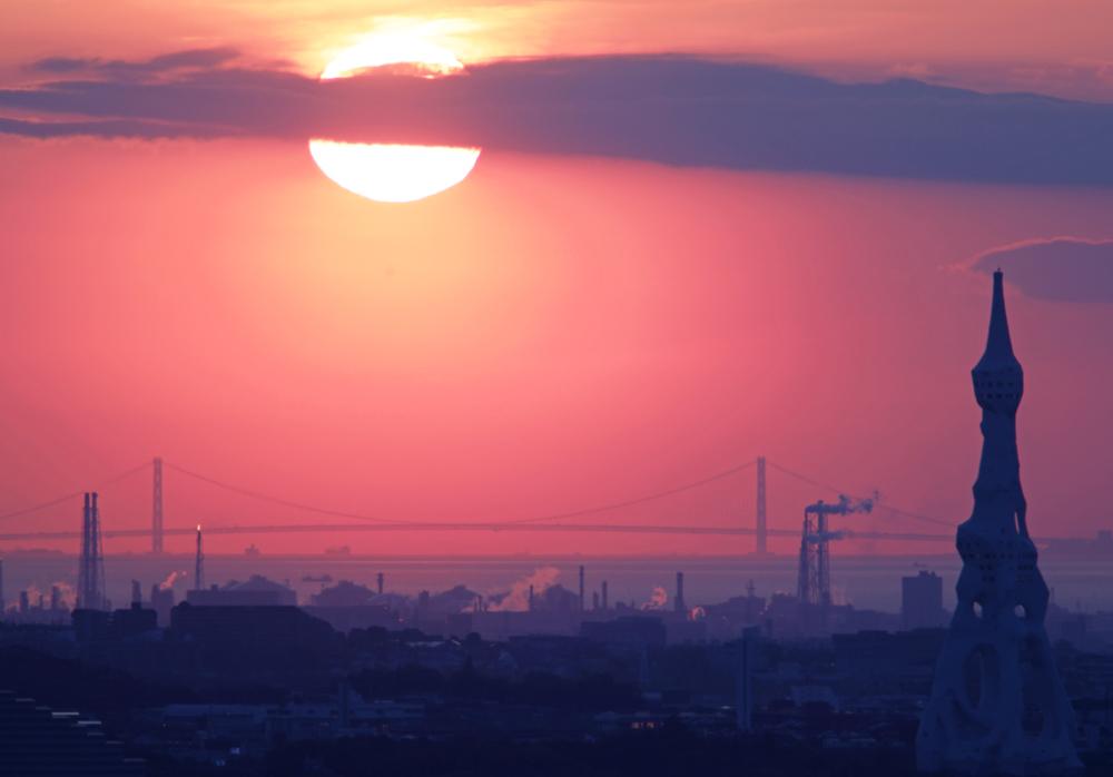 大阪 河南町 持尾 明石海峡大橋に沈む夕日_c0108146_23442859.jpg