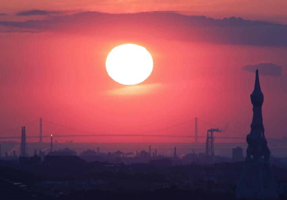大阪 河南町 持尾 明石海峡大橋に沈む夕日_c0108146_23443668.jpg