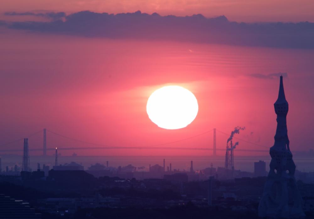 大阪 河南町 持尾 明石海峡大橋に沈む夕日_c0108146_23445165.jpg