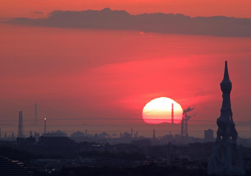 大阪 河南町 持尾 明石海峡大橋に沈む夕日_c0108146_23450024.jpg