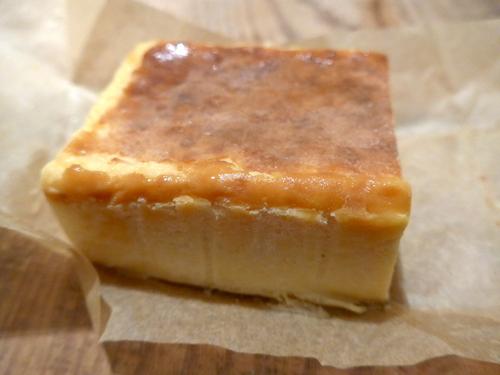 「Cheesecake HOLIC」のクリームチーズケーキ_f0232060_18393568.jpg