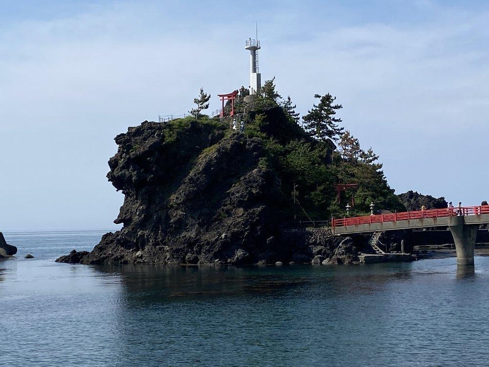 能生弁天岩灯台まで行ってきた!_e0065084_4592620.jpg