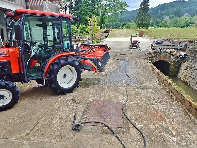 週末の兼業農家は作業機械の格納をしました_c0336902_19470455.jpg