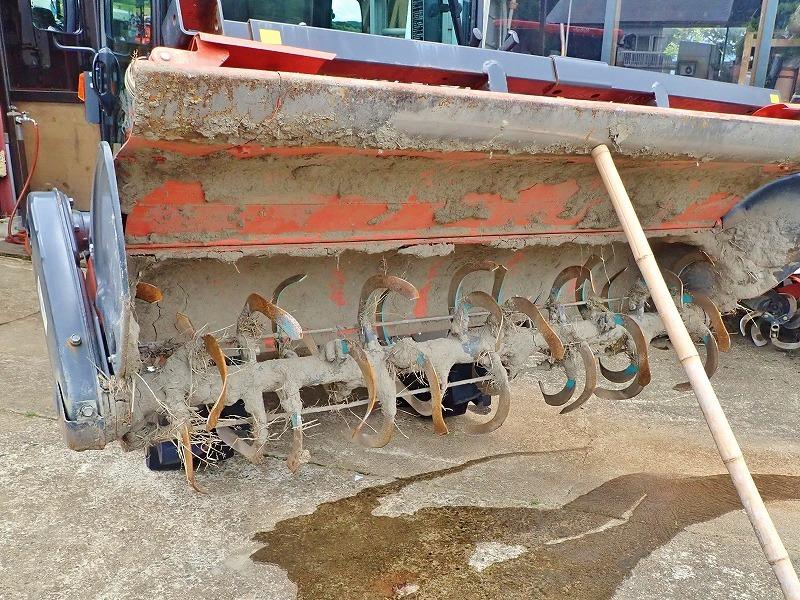週末の兼業農家は作業機械の格納をしました_c0336902_19470847.jpg