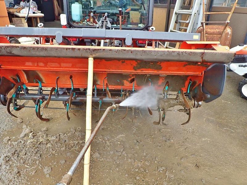 週末の兼業農家は作業機械の格納をしました_c0336902_19471343.jpg