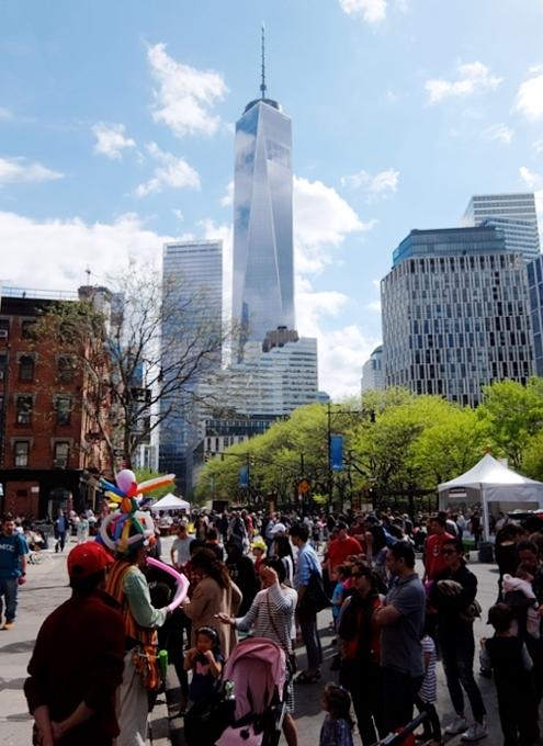 ニューヨークのストリート・フェア、過去ログでバーチャルお散歩_b0007805_00105604.jpg