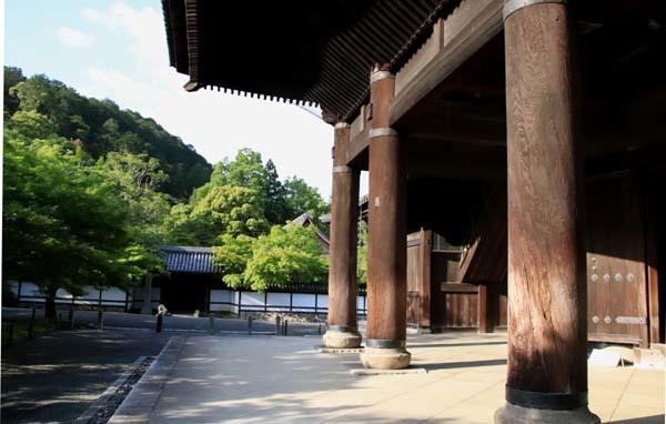 南禅寺 朝参り_e0048413_18221774.jpg
