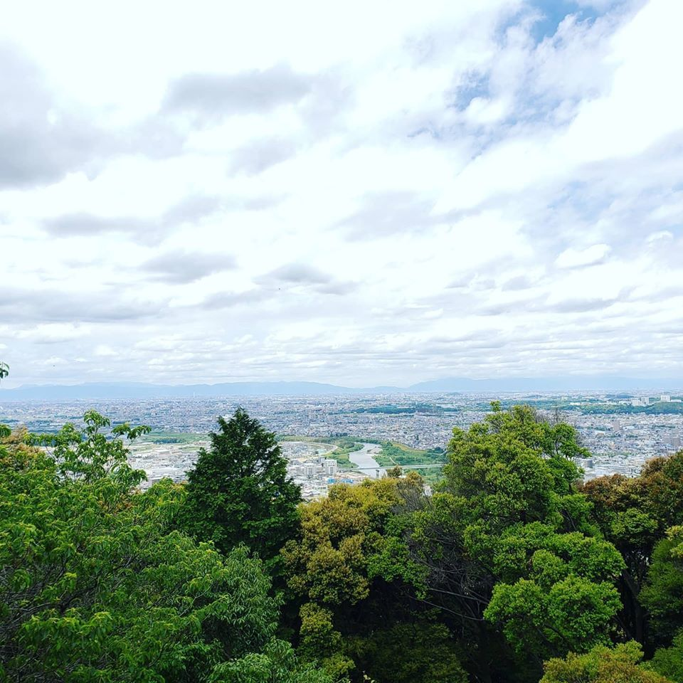 名古屋で一番高い山と美味しい~ひつまぶし♪_d0085328_08301460.jpg