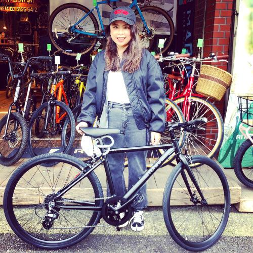 ☆本日のバイシクルガール☆ 自転車女子 自転車ガール ミニベロ クロスバイク ライトウェイ ターン riteway tern シェファード  クラッチ ブルーノ おしゃれ自転車 マリン シェファード_b0212032_15324978.jpeg