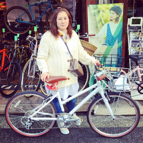 ☆本日のバイシクルガール☆ 自転車女子 自転車ガール ミニベロ クロスバイク ライトウェイ ターン riteway tern シェファード  クラッチ ブルーノ おしゃれ自転車 マリン シェファード_b0212032_15332926.jpeg