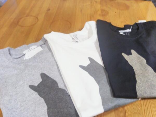 猫ちゃんTシャツ_d0345667_15582404.jpg