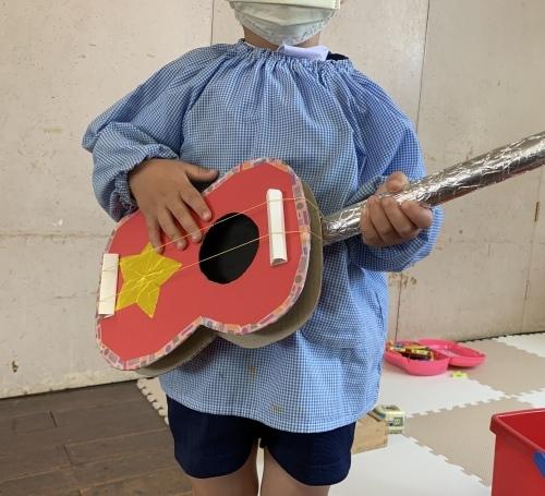 幼稚園のお庭 4_c0107515_14160471.jpeg