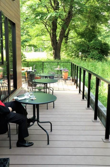 大宮公園に接し、風通しの良いカフェ店_d0150720_18263641.jpg
