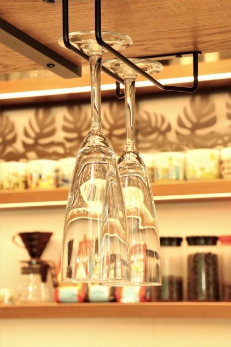 大宮公園に接し、風通しの良いカフェ店_d0150720_18273037.jpg
