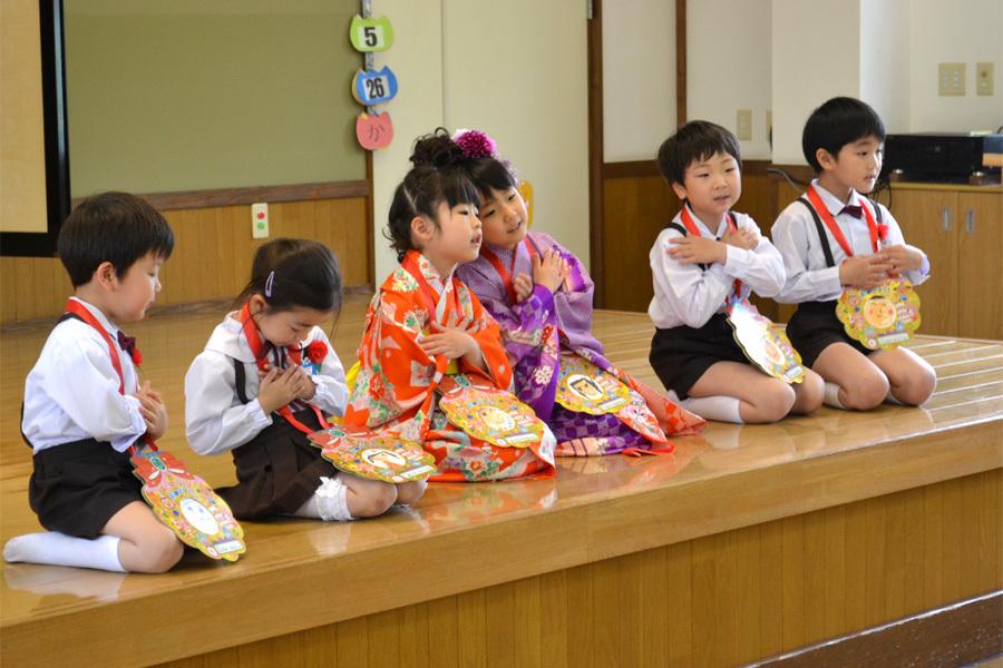上宮第二幼稚園「お誕生会」_d0353789_16561893.jpg