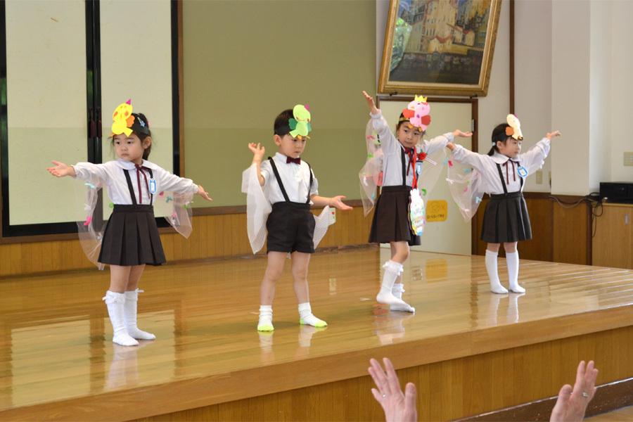 上宮第二幼稚園「お誕生会」_d0353789_16565605.jpg