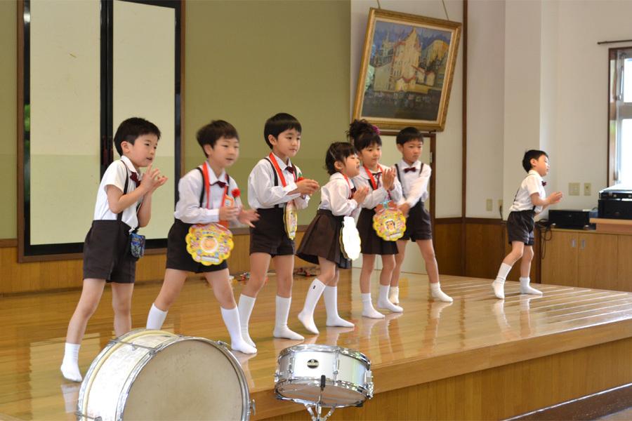 上宮第二幼稚園「お誕生会」_d0353789_16570549.jpg