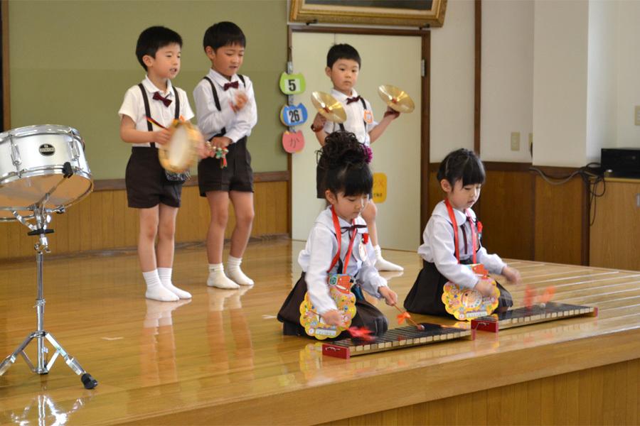 上宮第二幼稚園「お誕生会」_d0353789_16571306.jpg