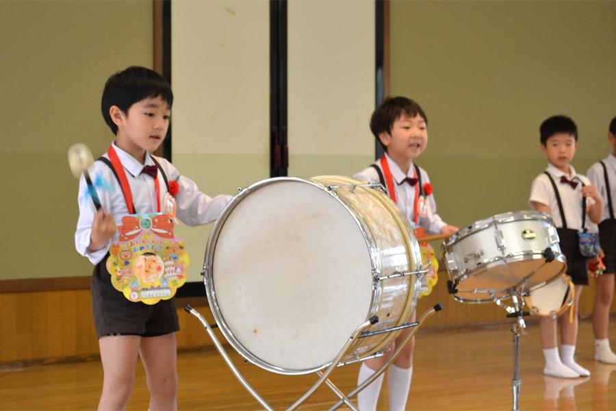 上宮第二幼稚園「お誕生会」_d0353789_16572074.jpg