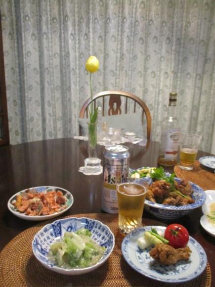 Iさんからの新茶&お庭のお花&新聞に載ってた鶏の煮物&給付金_a0279743_13224650.jpg