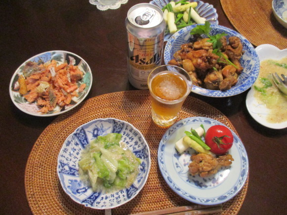 Iさんからの新茶&お庭のお花&新聞に載ってた鶏の煮物&給付金_a0279743_13230715.jpg