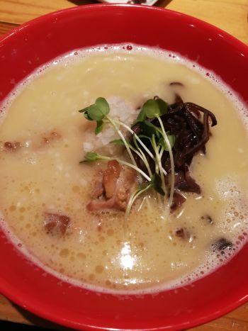 濃厚鶏白湯拉麺 乙 K\'s柳川店 (濃厚鶏白湯拉麺 OTSU)_a0007462_15015369.jpg