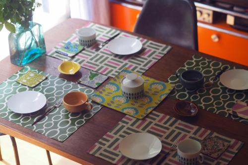 「table fabrics」カラフルに10タイプ_e0243765_20171485.jpg