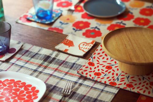 「table fabrics」カラフルに10タイプ_e0243765_20204989.jpg