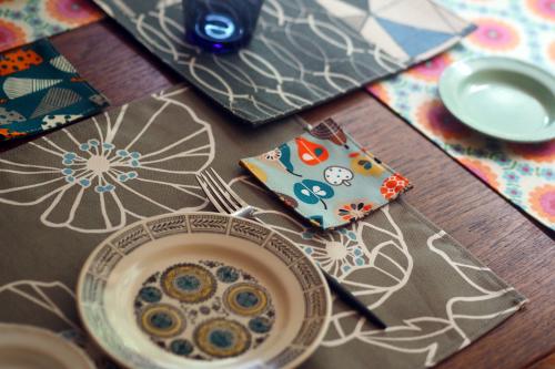 「table fabrics」カラフルに10タイプ_e0243765_20234921.jpg