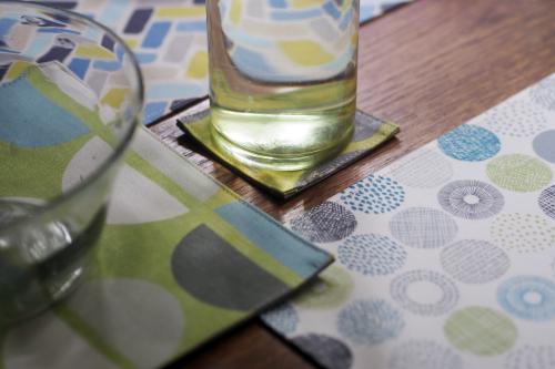 「table fabrics」カラフルに10タイプ_e0243765_20271873.jpg