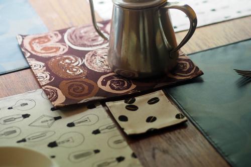 「table fabrics」カラフルに10タイプ_e0243765_20291264.jpg