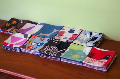 「table fabrics」カラフルに10タイプ_e0243765_20365083.jpg