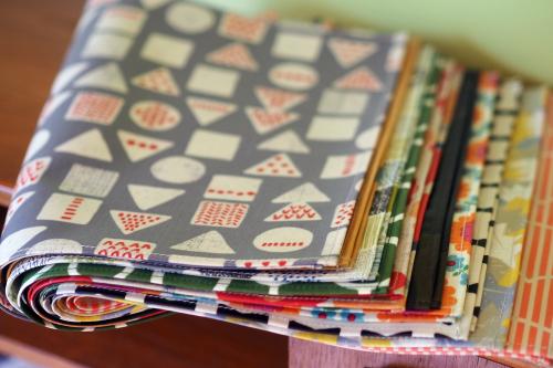 「table fabrics」カラフルに10タイプ_e0243765_20375411.jpg