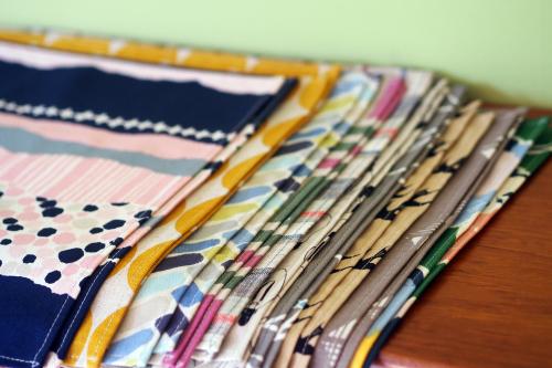 「table fabrics」カラフルに10タイプ_e0243765_20382462.jpg