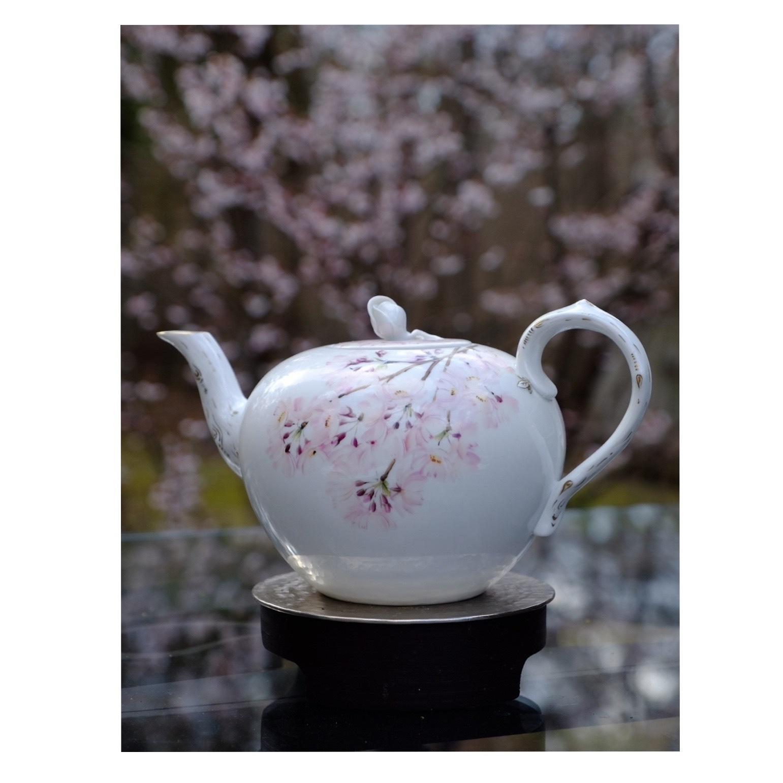 桜を描いた器でお茶時間_a0335867_21303074.jpeg