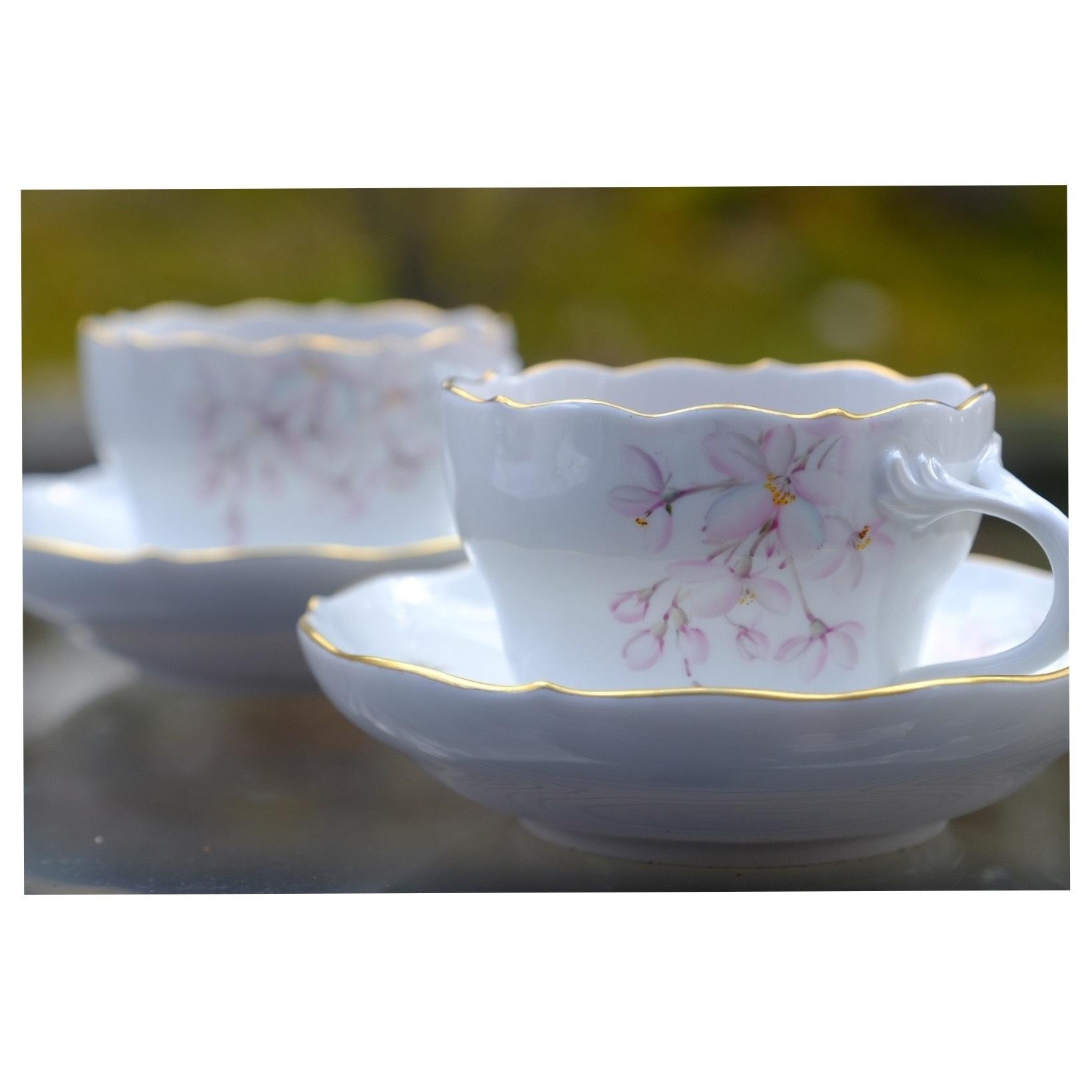 桜を描いた器でお茶時間_a0335867_21330320.jpeg