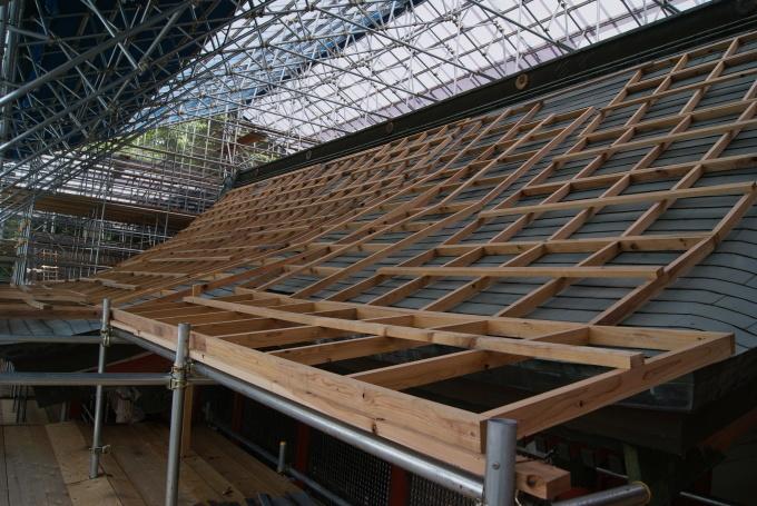本殿 素屋根設置・各種調査  R2.5.28_f0191383_14460590.jpg