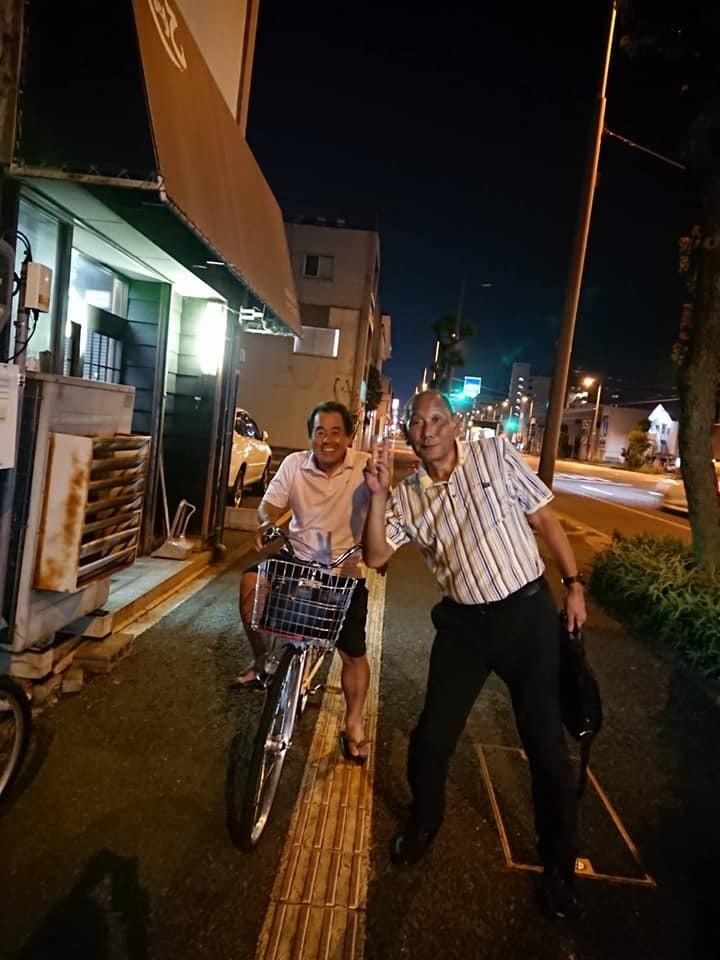 最近は、健康のために買った自転車(新極真号)が重宝しています。_c0186691_09485169.jpg