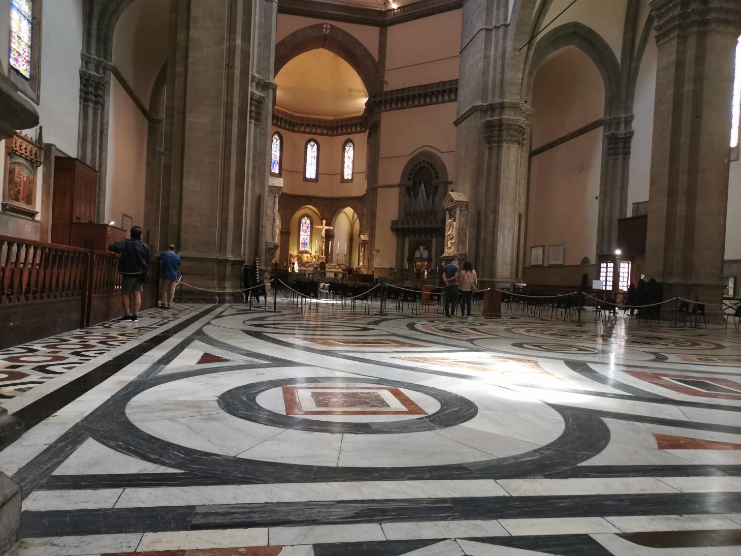 祈り〜フィレンツェ、サンタマリア・デル・フィオーレ大聖堂_f0106597_06131410.jpg