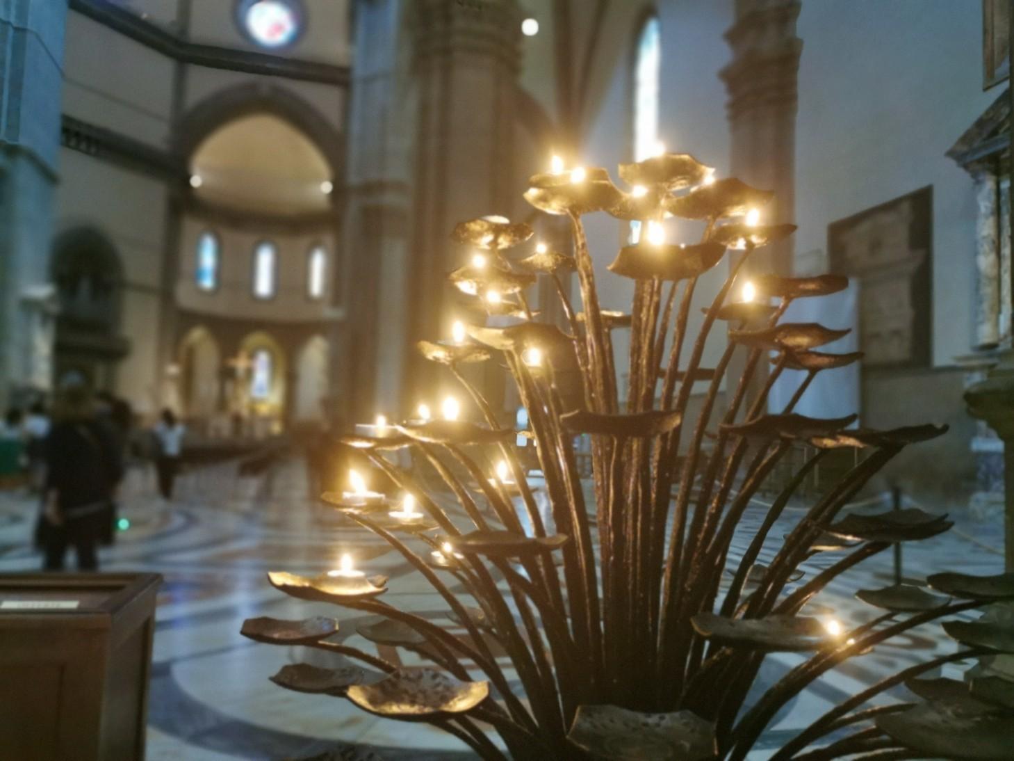 祈り〜フィレンツェ、サンタマリア・デル・フィオーレ大聖堂_f0106597_06144958.jpg