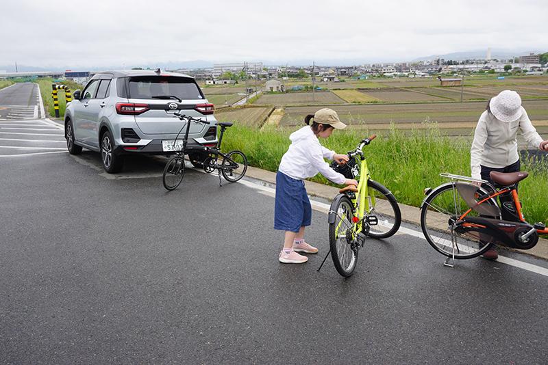 初めてのサイクリング_e0164563_16054447.jpg