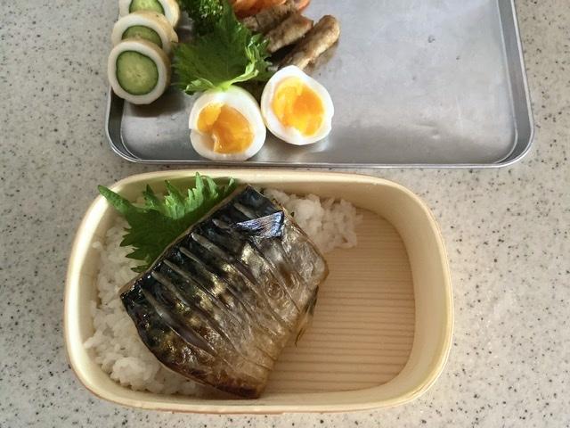 今日のお弁当[塩鯖]_d0327373_07194322.jpeg