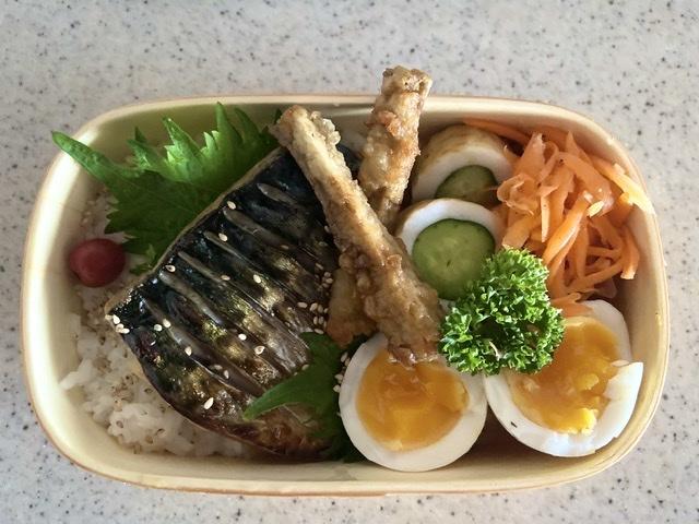 今日のお弁当[塩鯖]_d0327373_07201386.jpeg