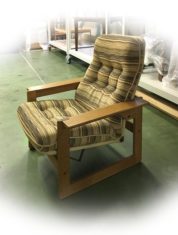 カリモク家具のリクライナーの修理_d0224984_15013244.jpg