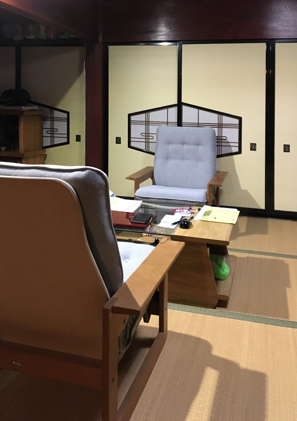 カリモク家具のリクライナーの修理_d0224984_15013931.jpg